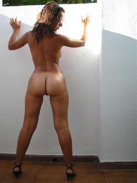 Nickole recommend Carmen electra nude ass
